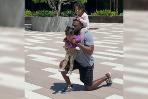 GMA: This dad used fitness to redefine the 'dad bod', and set an example for his daughters