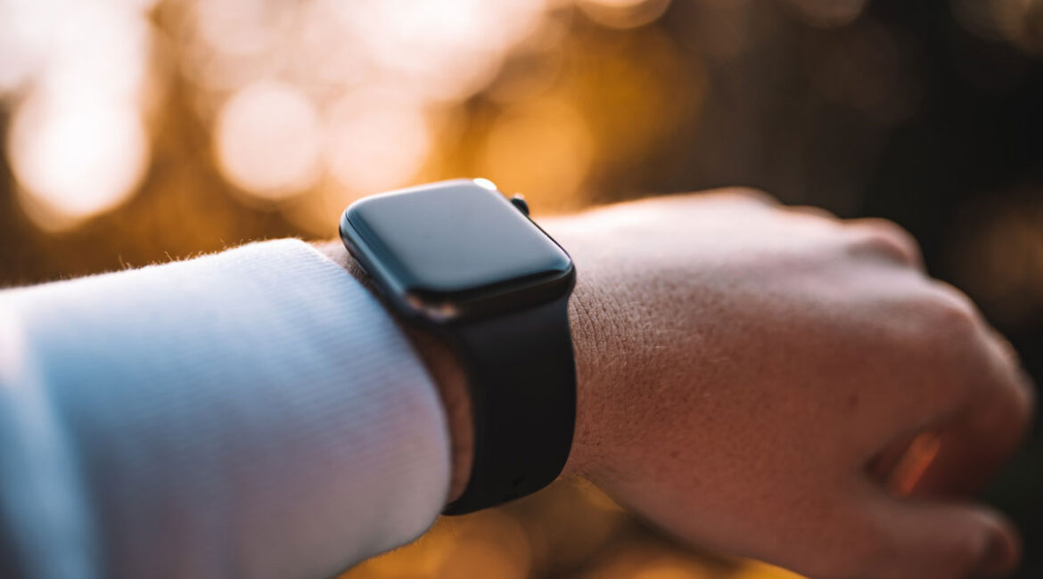 A person wearing an apple watch